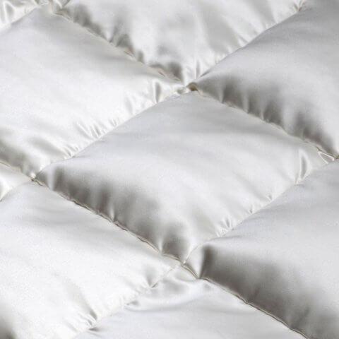Anichini Helios Luxury Silk Covered Eiderdown Duvet Comforter