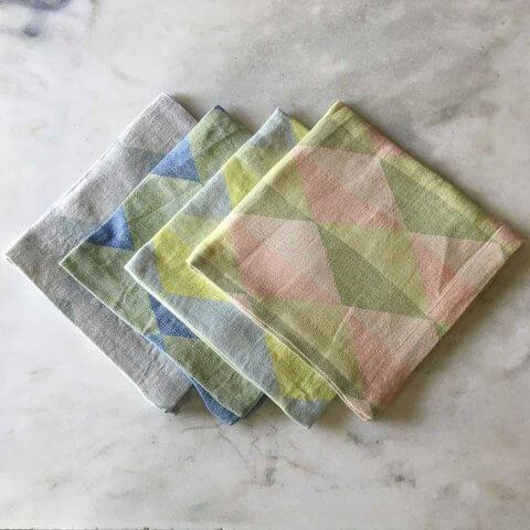Anichini Puzzle Diamond Pattern Linen Tablecloths
