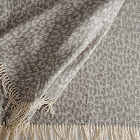 Anichini Hospitality Leopard Washable Cotton Blend Throws