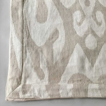 Anichini Tokkat Large Ikat Linen Table Linens