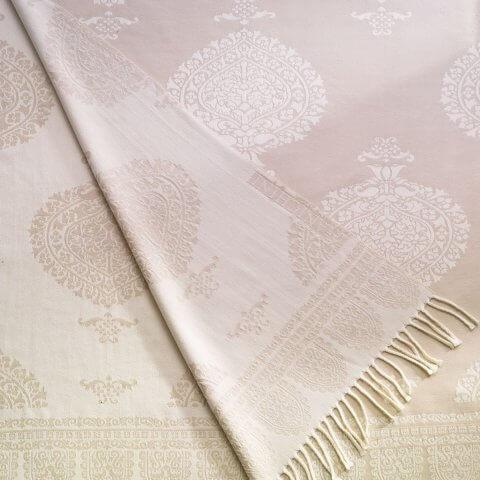 Anichini Taormina Merino Wool Throw In Creamy Yellow / Ivory