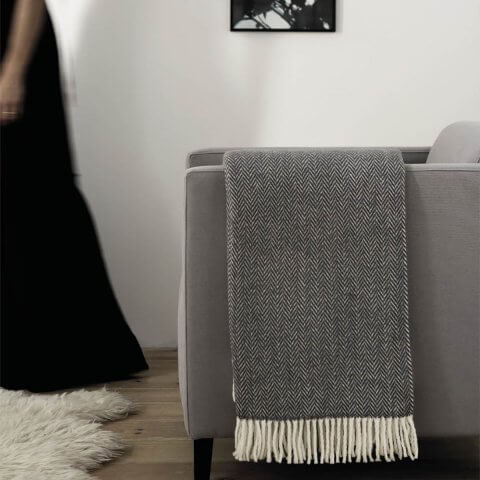 Anichini Hospitality Skyline Washable Cotton Blend Throws