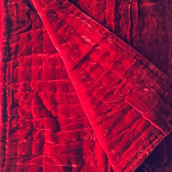 Anichini Handmade Pho Velvet Quilt In Blood Red