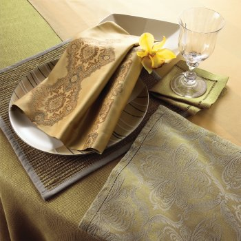 PERSIA THREAD-DYED JACQUARD TABLE LINENS