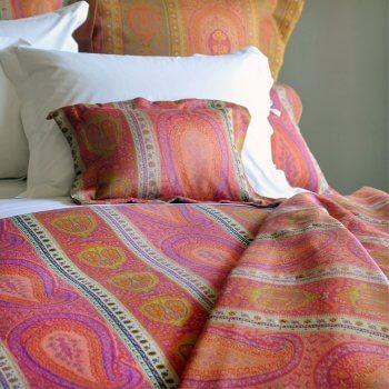 Anichini Taj Luxurious Paisley Lightweight Italian Quilts In Coral Fuchsia
