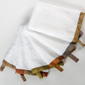 30% OFF TAJ TRIMMED TERRY BATH LINENS