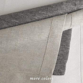 RHOMBO LINEN TABLE LINENS