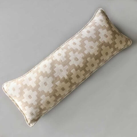 Anichini Tokkat Cross Design Linen Pillows