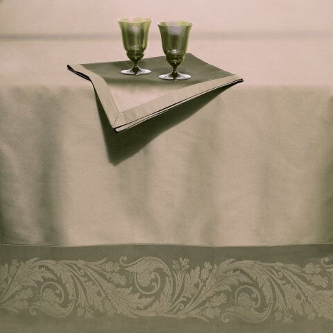 Anichini Diana Luxury Jacquard Table Linens