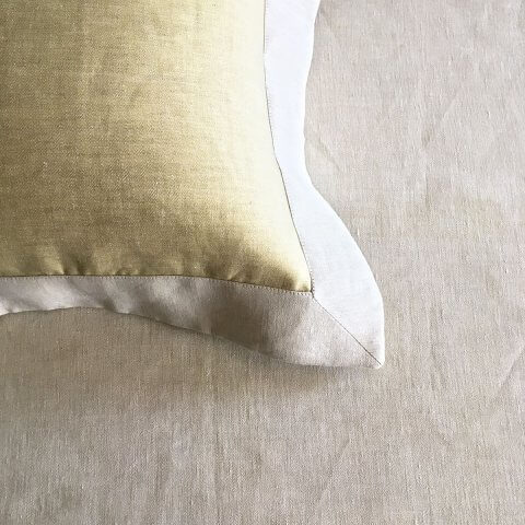 Anichini Janus Italian Linen Sheeting in Khaki/White