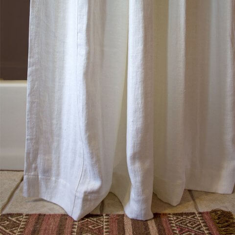 ANICHINI Donatas Flatweave Linen Shower Curtains | The Essence Of Linen