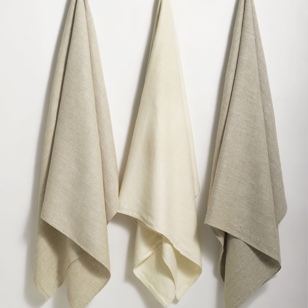 Donatas Flatweave Linen Towels